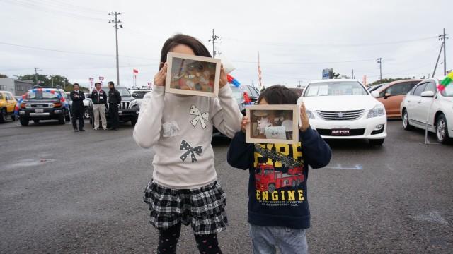 山形トヨタ  親子で楽しいエコイベント「海辺の宝箱づくり」